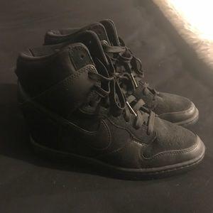 Black Nike Heel/Wedge Sneakers/Tennis Shoes Size 7